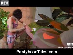 Susanna&Marcus unusual pantyhose pic
